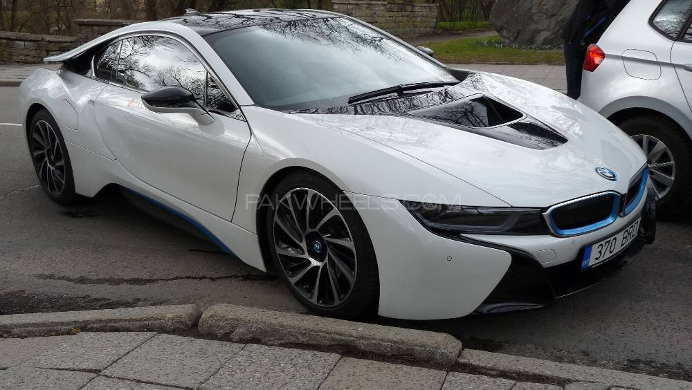 BMW i8 - 2014  Image-1