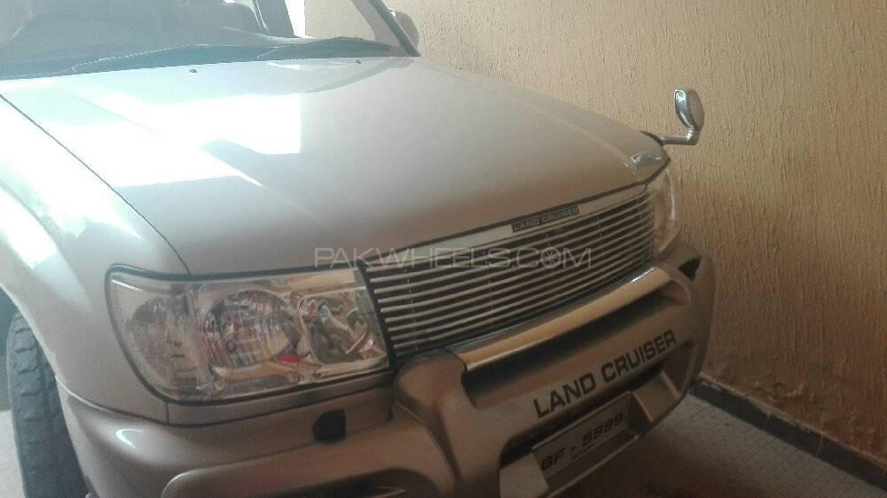 Toyota Land Cruiser - 2005 Beast Image-1