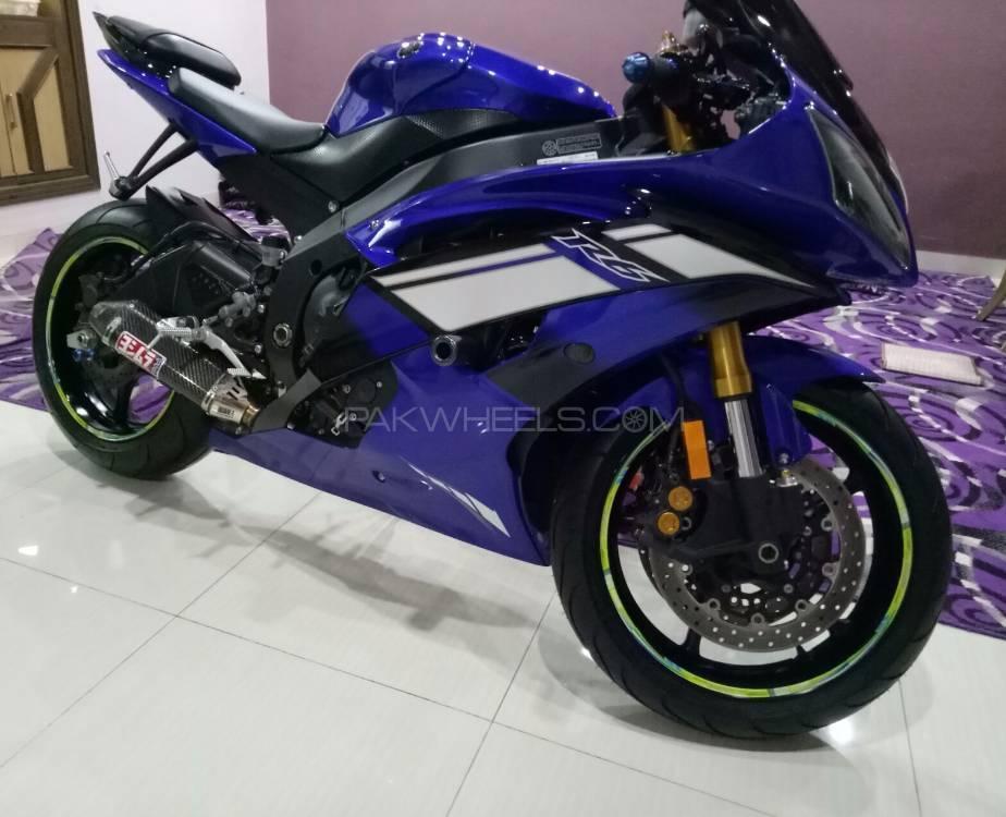 Yamaha YZF-R6 - 2012  Image-1