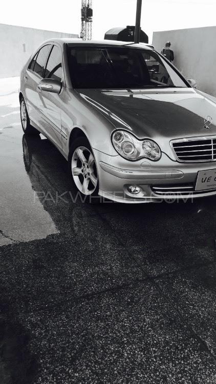 Mercedes Benz C Class - 2006  Image-1