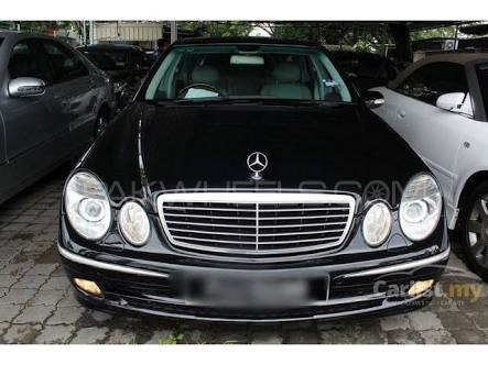 Mercedes Benz E Class - 2005  Image-1