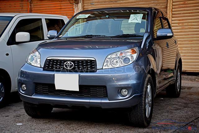 Toyota Rush - 2010  Image-1