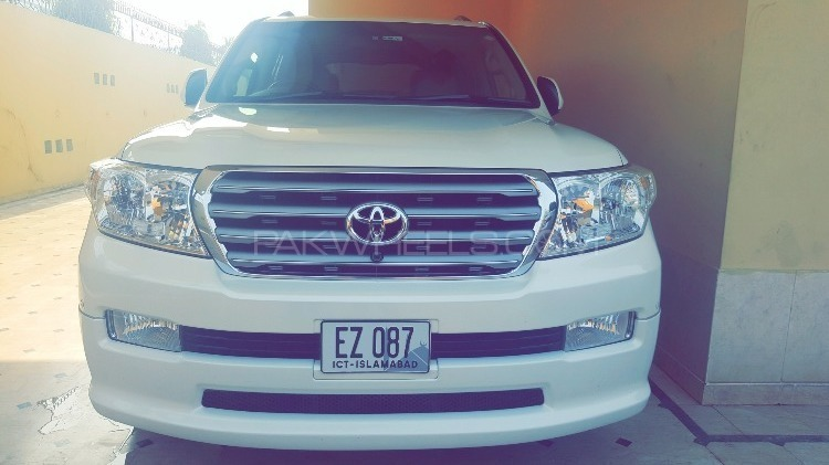 Toyota Land Cruiser - 2009  Image-1