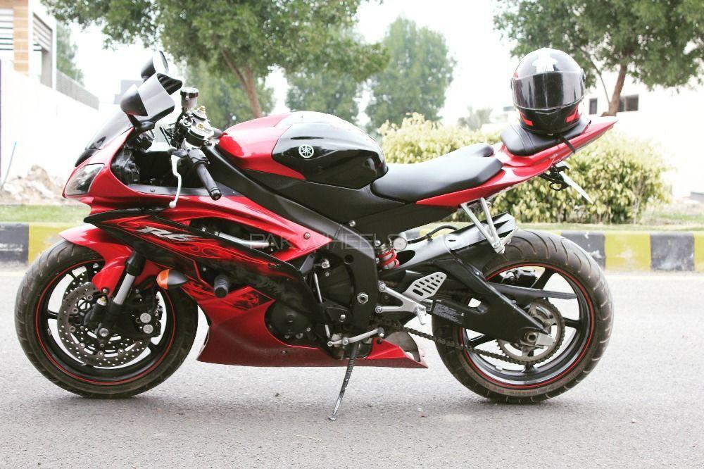 Yamaha YZF-R6 - 2011  Image-1