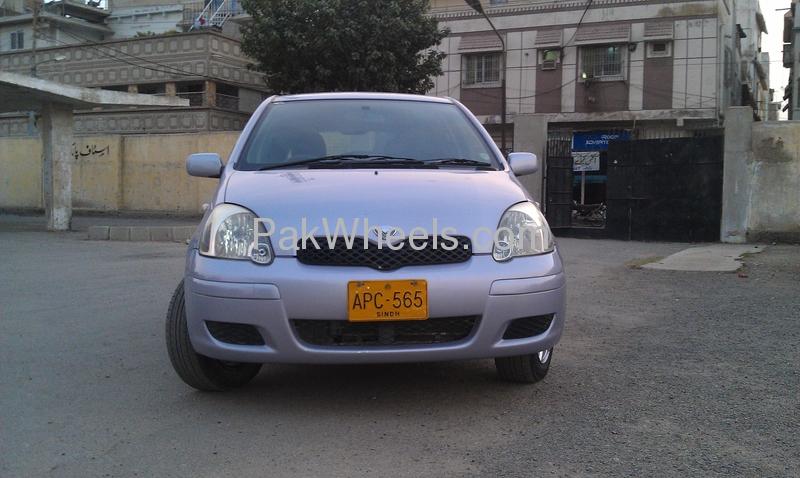 Toyota Vitz - 2004 Aantherax Image-1