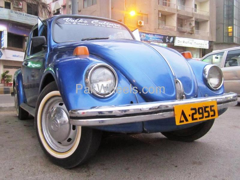 Volkswagen Beetle - 1974 Blue Bug Image-1