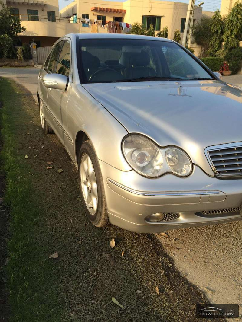 Mercedes benz c class 2002 of adeelahmad3 member ride for Mercedes benz membership