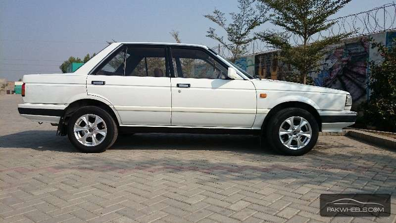 Nissan Sunny - 1985 sunny salony Image-1
