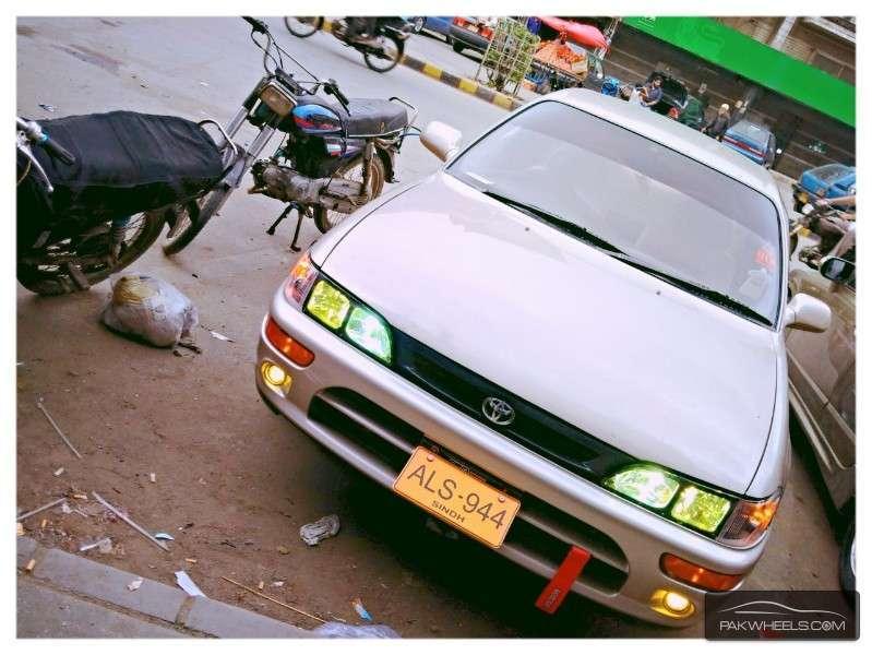 Toyota Corolla - 1996 AE101 Image-1