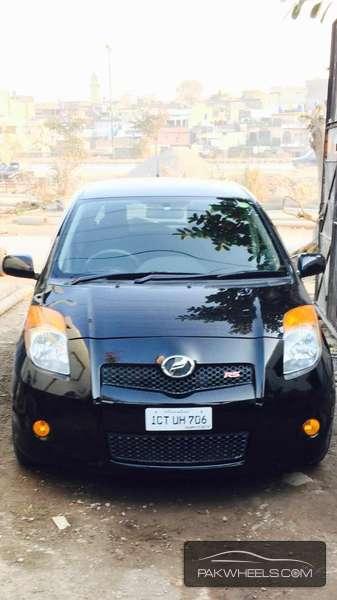 Toyota Vitz - 2007 zeeshan Image-1