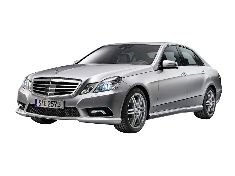 Mercedes Benz E Class 2016 Exterior Front Side View