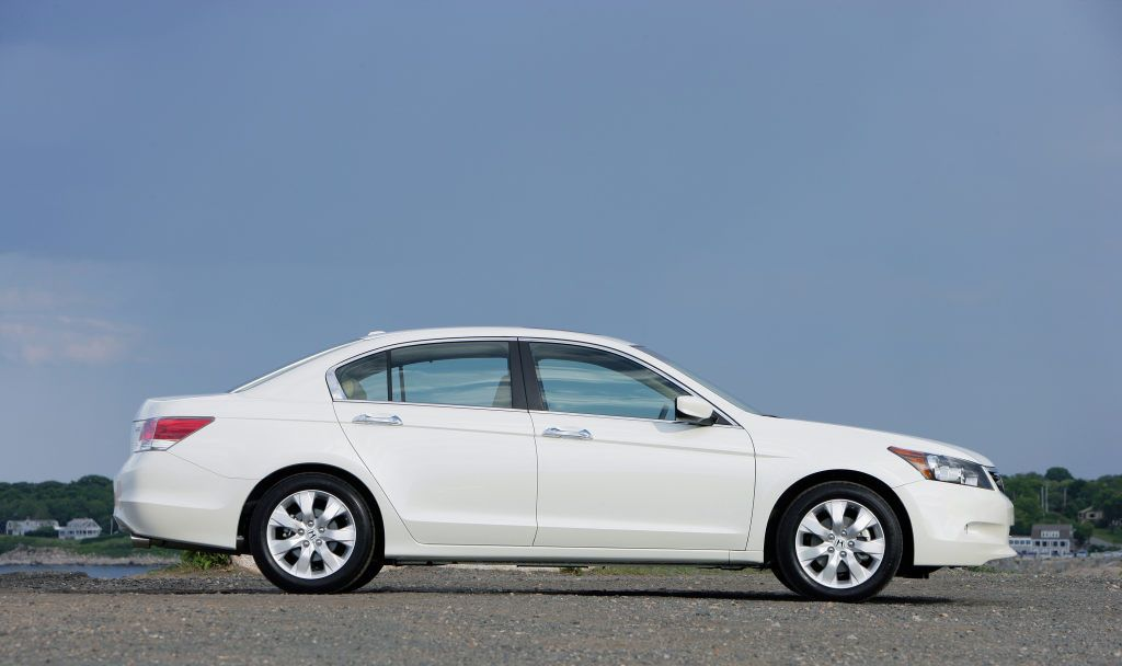 Honda Accord 2012 Exterior Side View