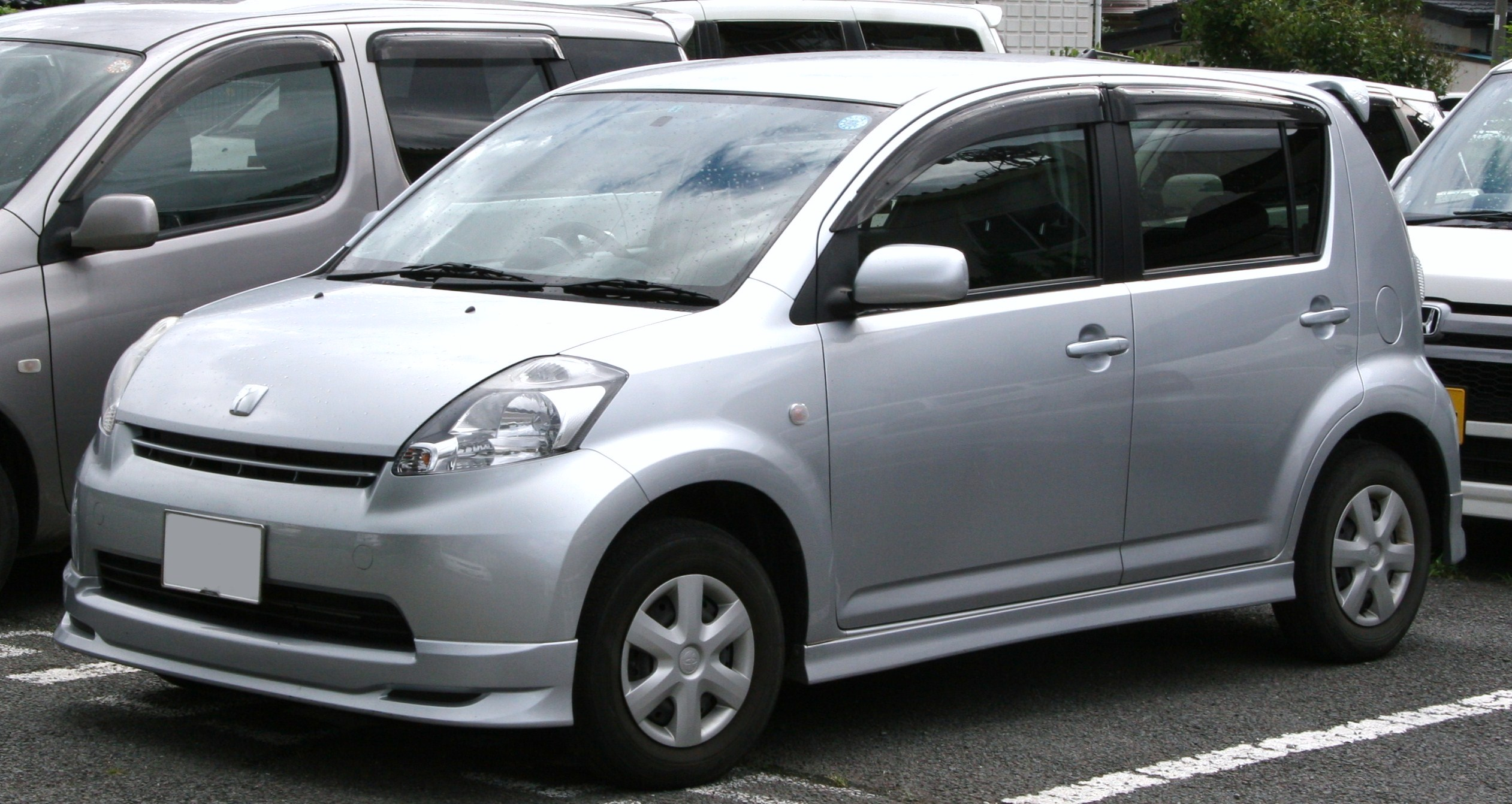Toyota Passo 2010 Exterior Front Side View