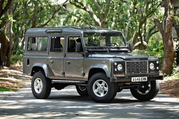 Land Rover Defender  Exterior Side View