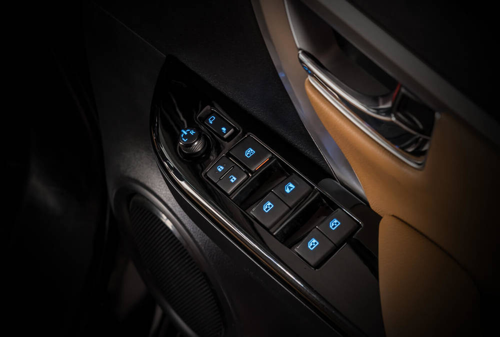 Toyota Fortuner 2020 Interior Control Switches
