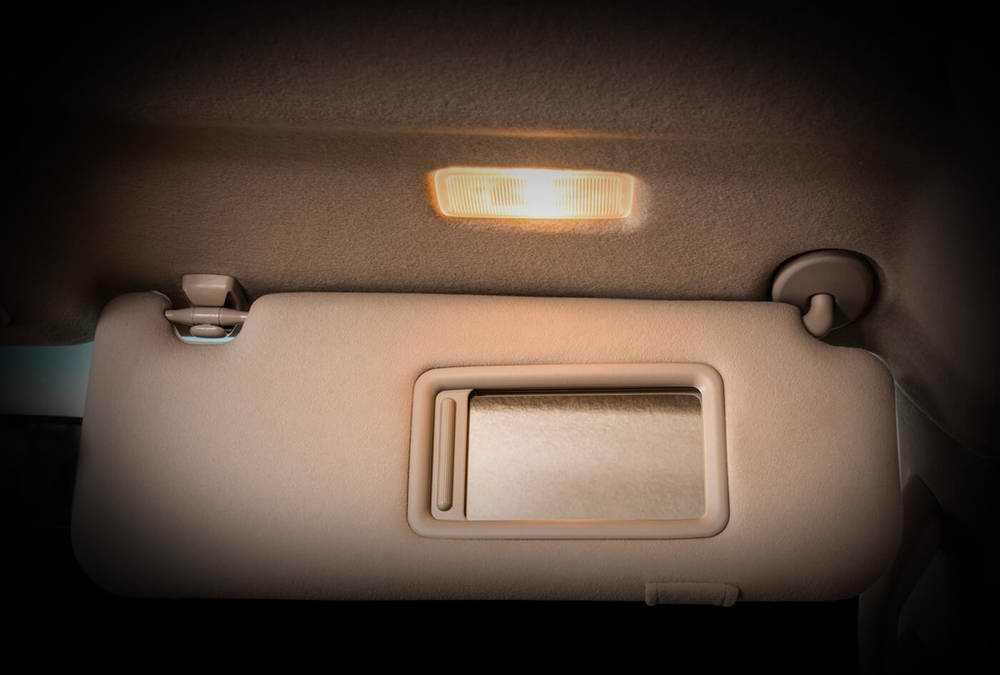 Toyota Fortuner 2018 Interior Vanity Lamps