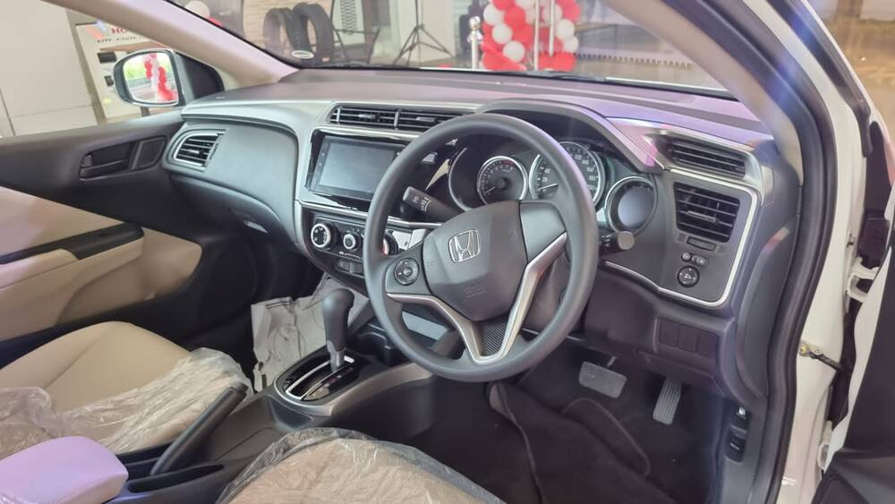 Honda City Exterior Dashboard