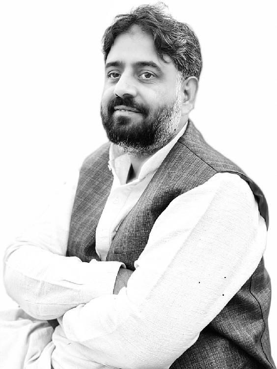 Shoaib Farooqi